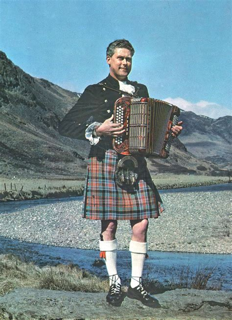 Jimmy Blue – Scottish Traditional Music Hall of Fame