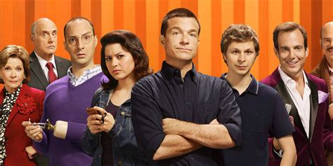 Arrested Development S5 is More Conventional | Screen Rant