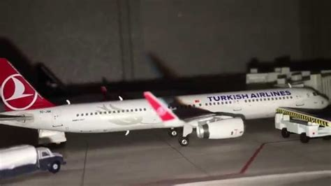 Turkish Airlines 1:400 Model Planes - YouTube